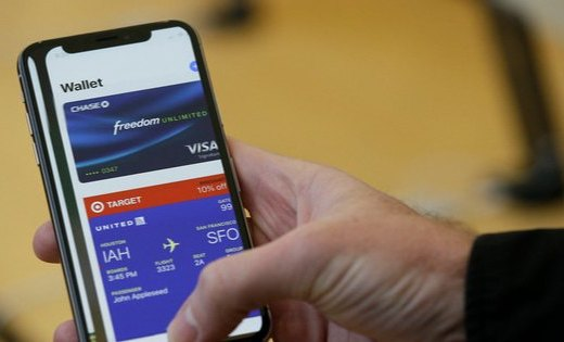 「事兒」小道消息,iPhone很快就能給別人充公交卡了