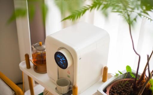 提升幸福感的健康饮水新方式 | 爱贝源(aiberle)桌面净水机,科技之美!