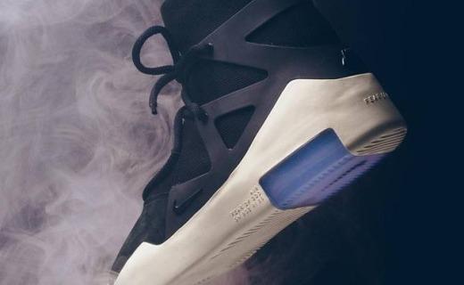 新一代鞋王 Air Fear of God 1预售,已被卖到1万多!