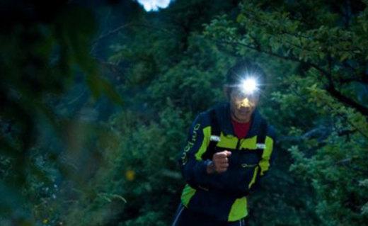 樂格氏60lumi LED頭燈:續航可達60小時,高輸出照明射程長