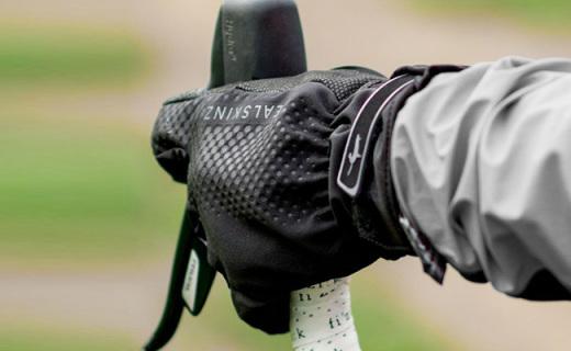 SealSkinz All Weather騎行手套:防水防寒又保暖,彈性面料更貼合