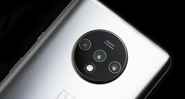 """2999元起!OnePlus 7T发布,全系流体屏""""真香""""旗舰"""