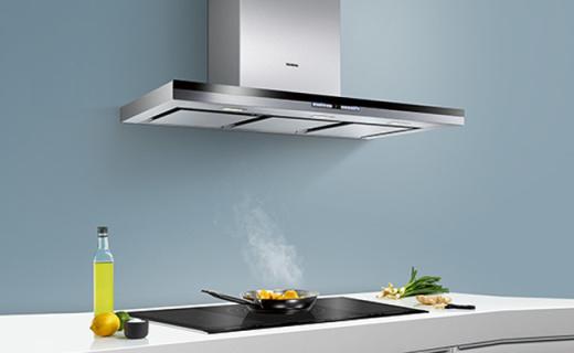 西門子煙灶套裝:不銹鋼面板歐式設計風,自動清潔方便快捷