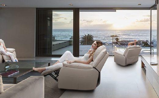 芝華仕單人沙發:頭層牛皮透氣柔軟,無線續航安全舒適