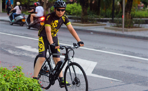 原來混動也可以是自行車標配,騎它上路回頭率爆表