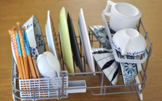 小户型厨房的春天,智能洗碗,解放双手——小巧却实用的小月亮洗碗机