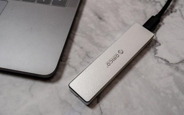 新MacBook有救了,DIY读写速度高达10Gb的U盘