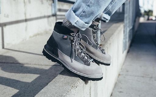 NB聯名Danner推出新款戶外靴,冬季凹造型首選
