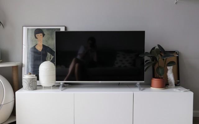 「万博体育max下载」小户型的性价比电视!语音遥控,老人不用教也能轻松上手!