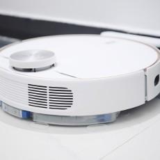 有它轻松实现智慧「扫拖」,安克创新eufy L70扫地机器人