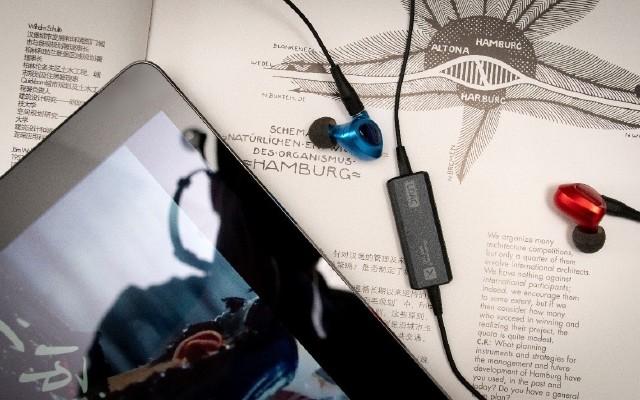 高端耳机的无线解决方?#31119;?#23452;丽客HPC1000RC蓝牙耳机线
