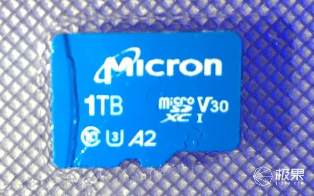 美光、闪迪推出1TBmicroSD卡,售价3000元
