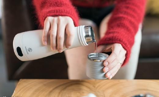 「体验」旅途告别冰冷矿泉水!口袋里的电热杯,三档可调温度随心!