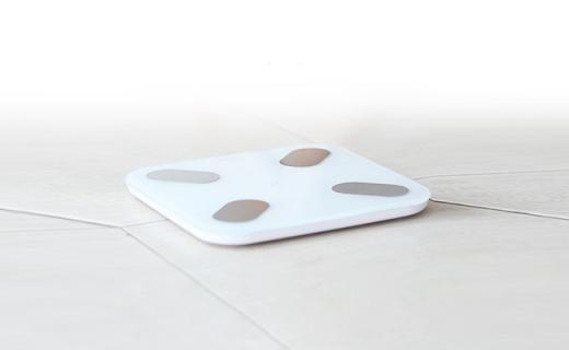 PICOOC体脂秤:体重体脂多数据测量,可定制运动饮食建议