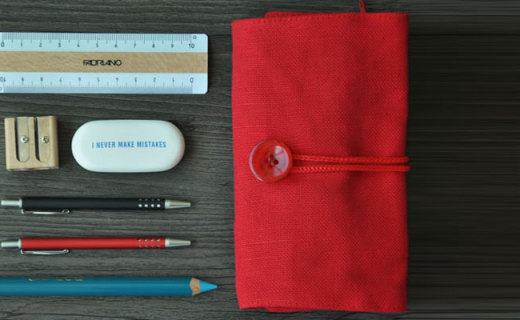 Fabriano文具袋:柔软棉质纽扣设计,收纳文具方便便携