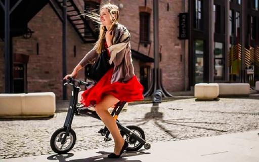 可以折叠的电单车,2 秒钟就可以收好