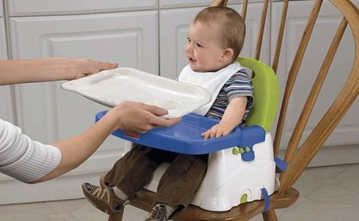 费雪宝宝小餐椅:无缝设计安全卫生,3档高度可调节