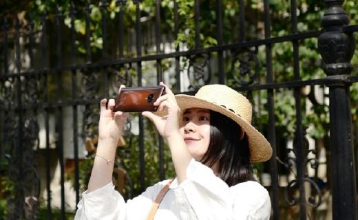 「体验」常用焦段覆盖的拍照手机:无界瀑布屏超广角,开启视觉捕捉新纪元!