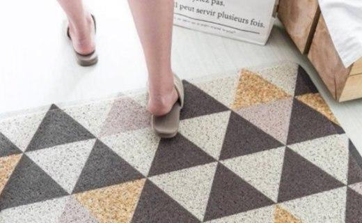 卡樂美幾何圖案地毯:環保PVC材質安全健康,高彈去污絲圈強力去污