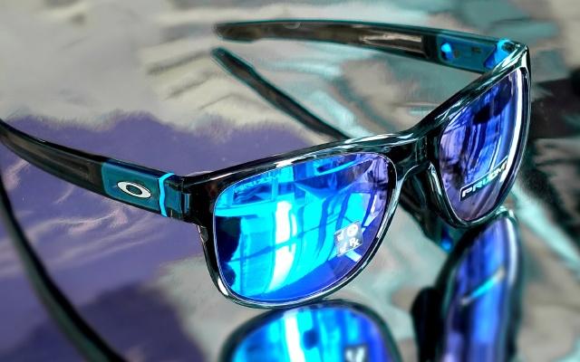 歐克利CROSSRANGE太陽鏡,顏值高佩戴舒適