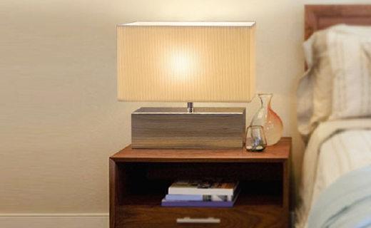 柏曼laila台灯:智能触摸调控静音设计,灯光柔?#28034;?档可调