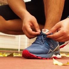 小米有品FREETIE云弹:为竞速而生的专业稳定缓震跑步鞋