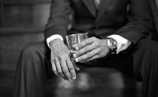 喝酒也要帥氣優雅,趕緊拿上這幾款威士忌酒杯!
