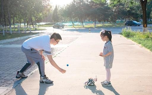 「体验」这样的玩具才够格 | 优必选Jimu Robot赛场先锋,带着孩子学编程