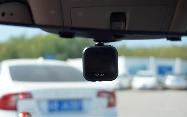 行车记录仪打造创收新思路?老司机的路子有点野