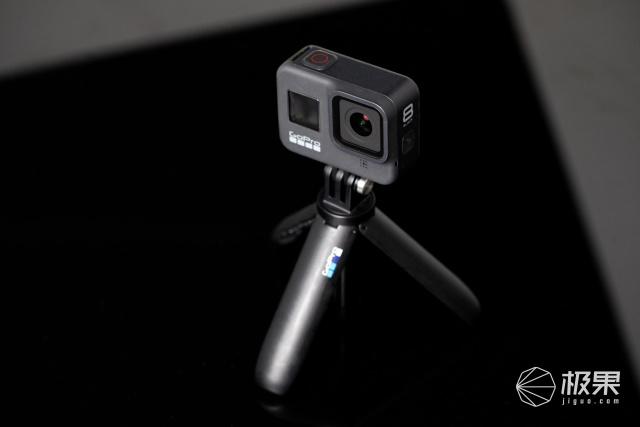 防抖穩如狗!GoProHero8卡丁車實測:小白也能一鍵拍大片
