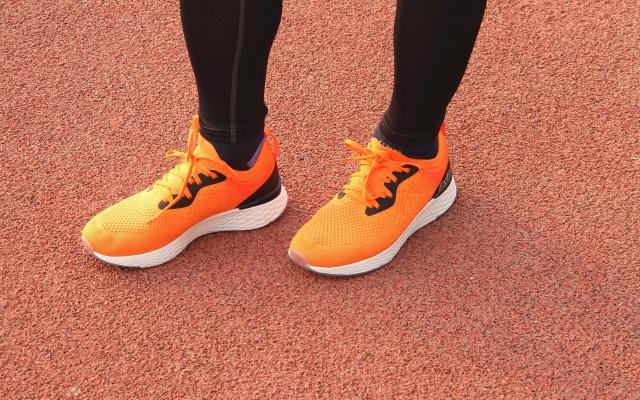 ?#21512;?#19981;捂脚可以轻松跑的科技跑鞋 | 天越COOLMAX飞织跑鞋
