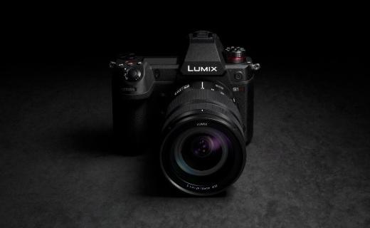 「新东西」首款6K视频机!松下推出全幅无反相机新品 Lumix S1H