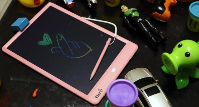 奶爸育娃的得力好物,绘特美T2儿童彩色液晶手写板