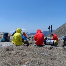 牧高笛岩羊山地冲锋衣 阻隔风雪 持久温暖