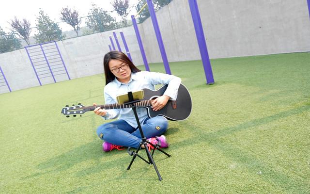 吉他缺席的青春都是遺憾,poputar智能吉他體驗