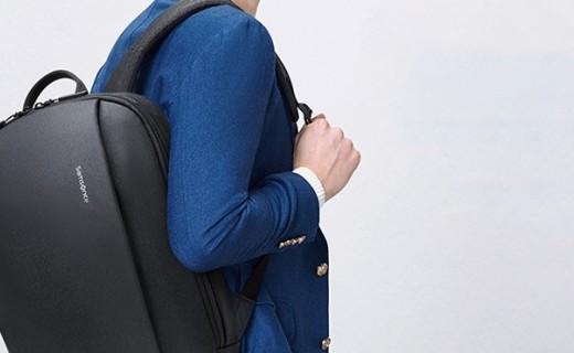 新秀麗14英寸雙肩包:高密度織物結實耐磨,簡約款百搭有型
