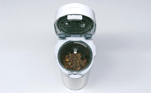 日本黑科技垃圾桶,一晚上垃圾就能變化肥