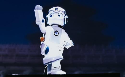 优必选悟空机器人发布?#22909;?#21521;个人支持定制化,售价4999元