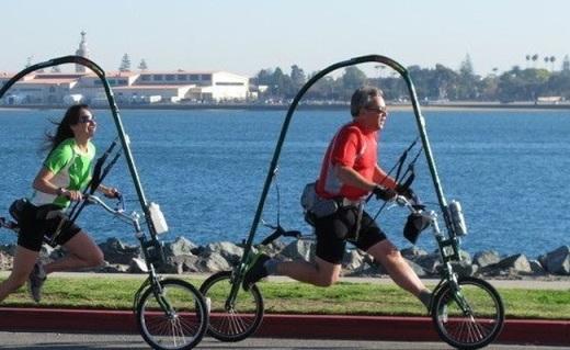 超奇葩自行車得跑著騎,不怕掉鏈還不傷膝蓋