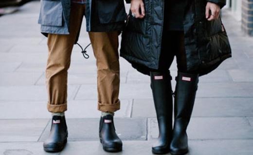 Hunter Chelsea短雨靴:英国皇室都在穿,雨?#29042;?#26102;尚出街