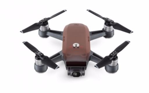 可爱到爆!大疆与LINE推出首款角色化联名无人机