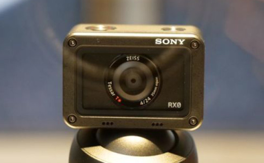 索尼RX0黑卡相機:金屬機身三防設計,搭載蔡司廣角鏡頭
