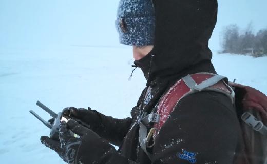 北极5小时极光拍摄、雪地摩托极速狂飙,实战测试-196 °C抗寒单衣 | 体验