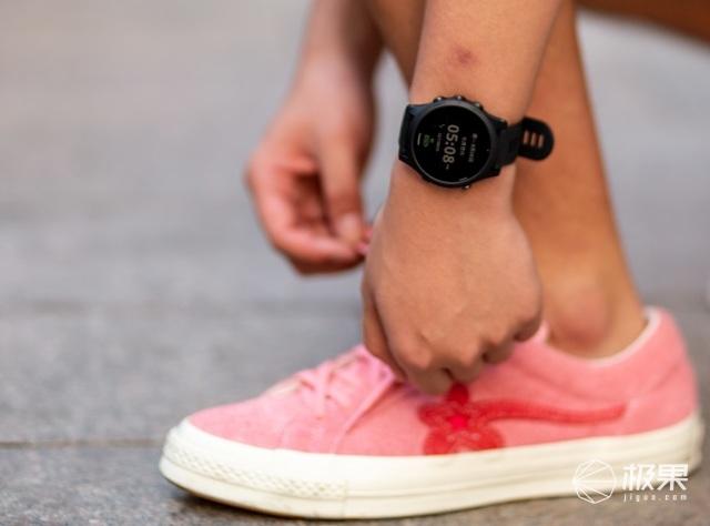 轻时尚的佳明又来了!颜值与实力兼并的运动手表代表者!