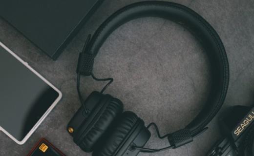 高?#32617;礛ajor II耳机,浓浓的?#23576;?#39118;,实在太让人着迷!