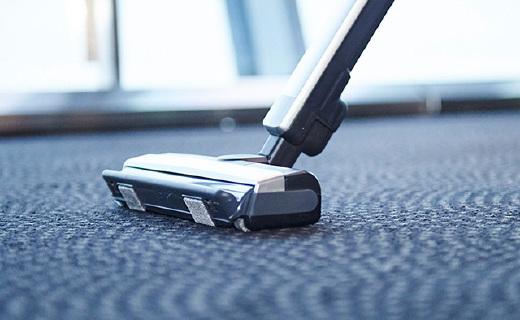 松下超靈活無線吸塵器,巴掌寬的縫隙也能清理