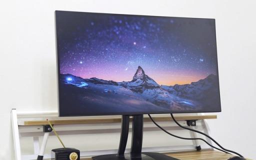 优派小黑显示器:专业级别颜色校?#36857;?#21518;期修图必备
