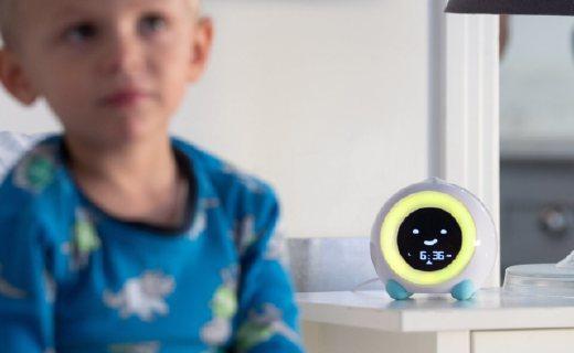 孩子不肯睡覺怎么辦?試試這款智能鬧鐘!