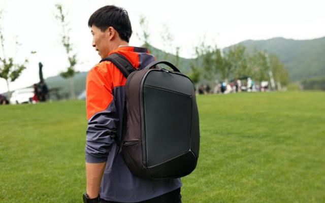 小米新款背包體驗,防水耐磨,辦公通勤的好選擇