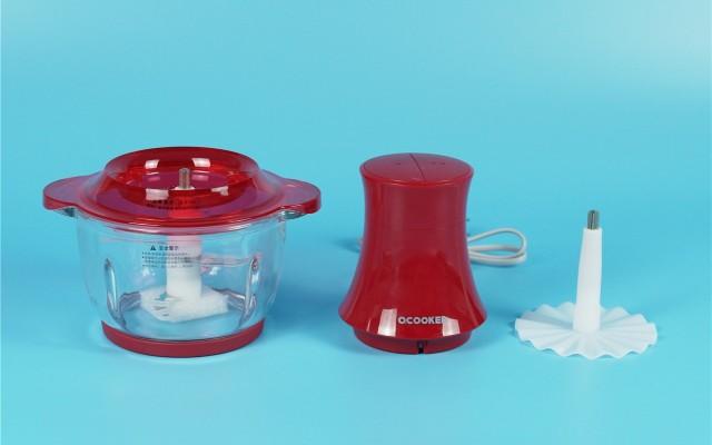 圈厨家用小型切碎机可以切碎搅拌你选择的食材!